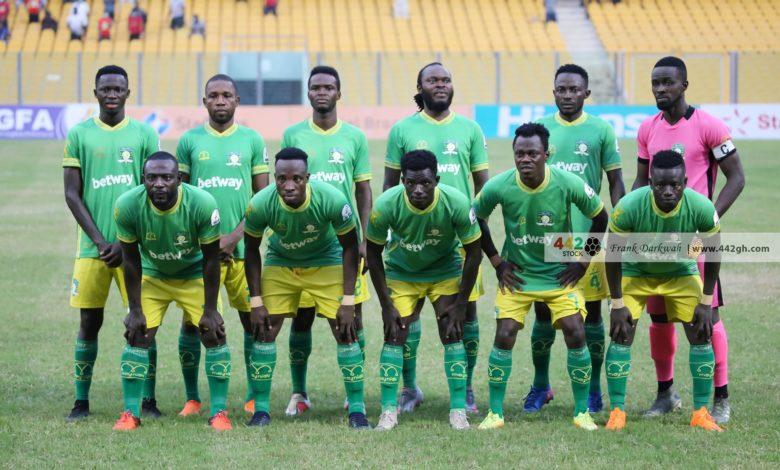 Aduana Stars line up 780x470 - Ex-Hearts of Oak Defender On The Verge Of Joining Aduana Stars